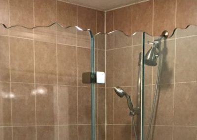 Custom Edge Shower